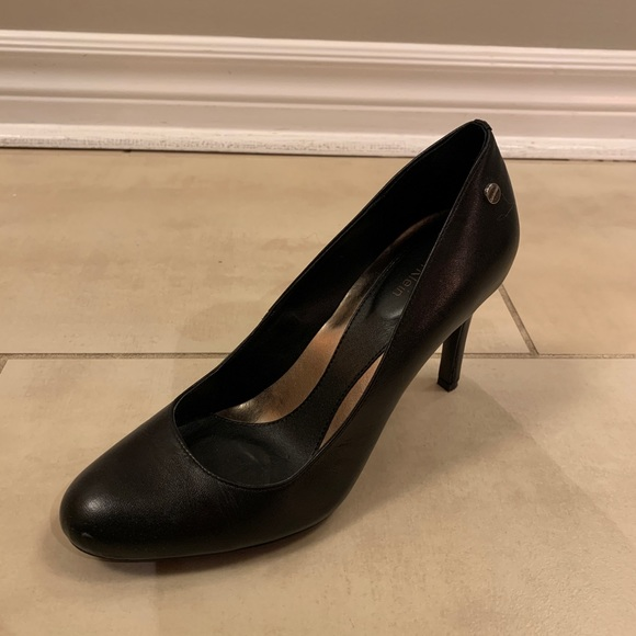 Calvin Klein black pumps size 7.5